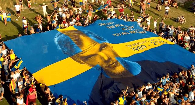 Tiesto在Tomorrowland 2019向Avcii致敬 4