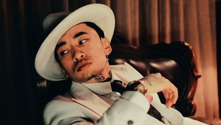 Masiwei :只要你有我在小女孩不用去賣火柴 !|Higher Brothers 馬思唯個人第二張錄音室專輯《Dark Horse》 4